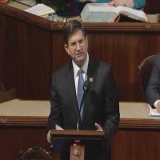 Rep. Schneider Introduces GI Internship Program Act